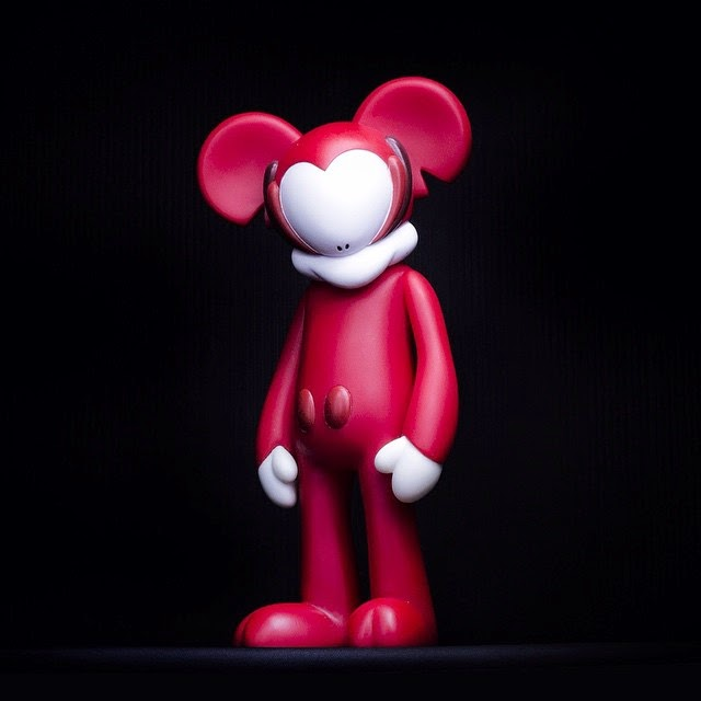 """Classic Red"" Mickiv Vinyl Figure by Arkiv Vilmansa"