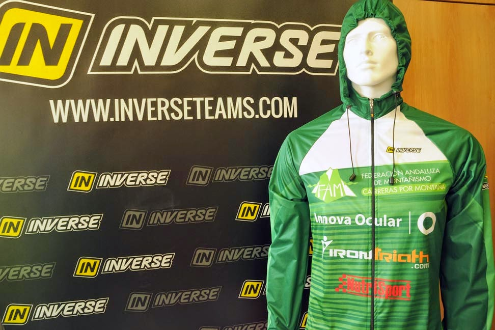 Chaqueta impermeable trail running seleccion andaluza