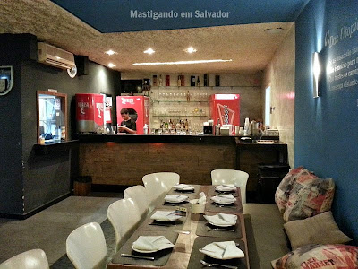 Utopia Resto-Bar: Ambiente Interno