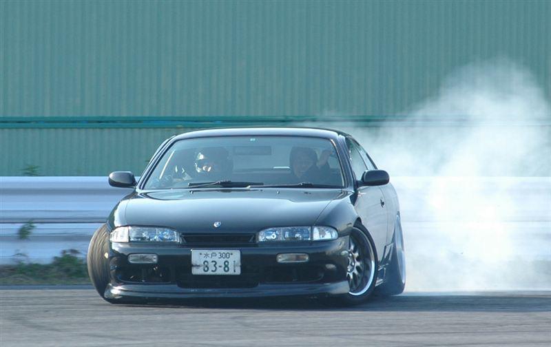 Nissan Silvia S14, japoński sportowy samochód, kultowy, driftowóz, 日産, 日本車, チューニングカー, スポーツカー
