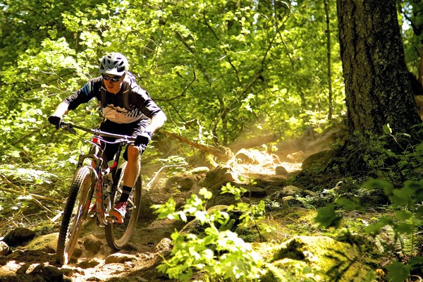 2015 Specialized Enduro Preview 29