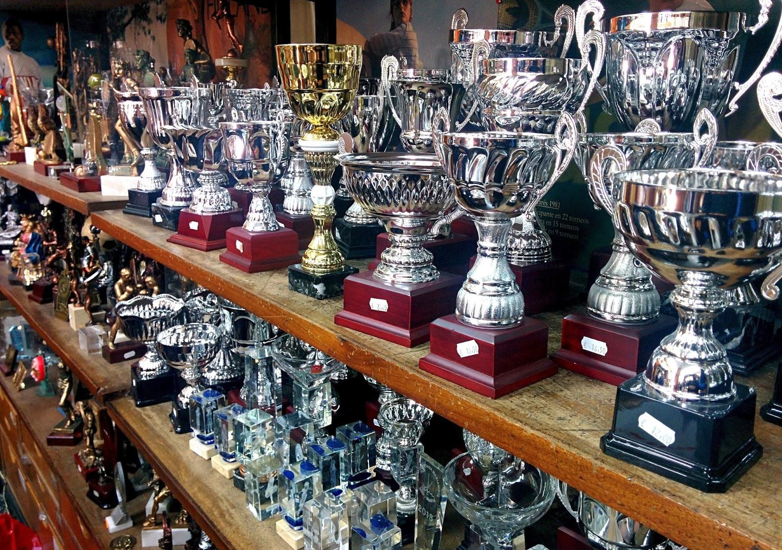 tienda, trofeos,medallas, madrid