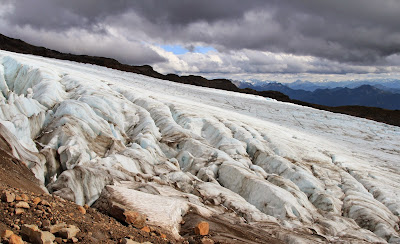 Side of the Easton Glacier