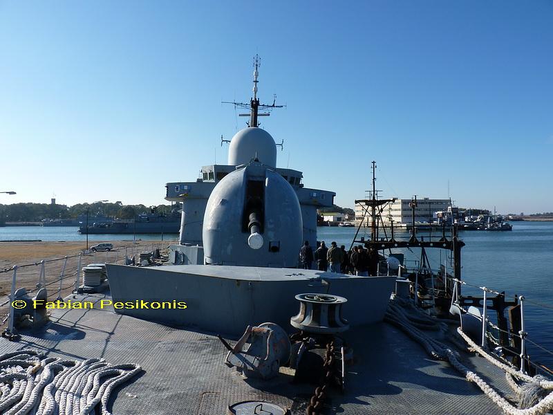 ¿Como creen que debería ser la Armada Argentina? 2