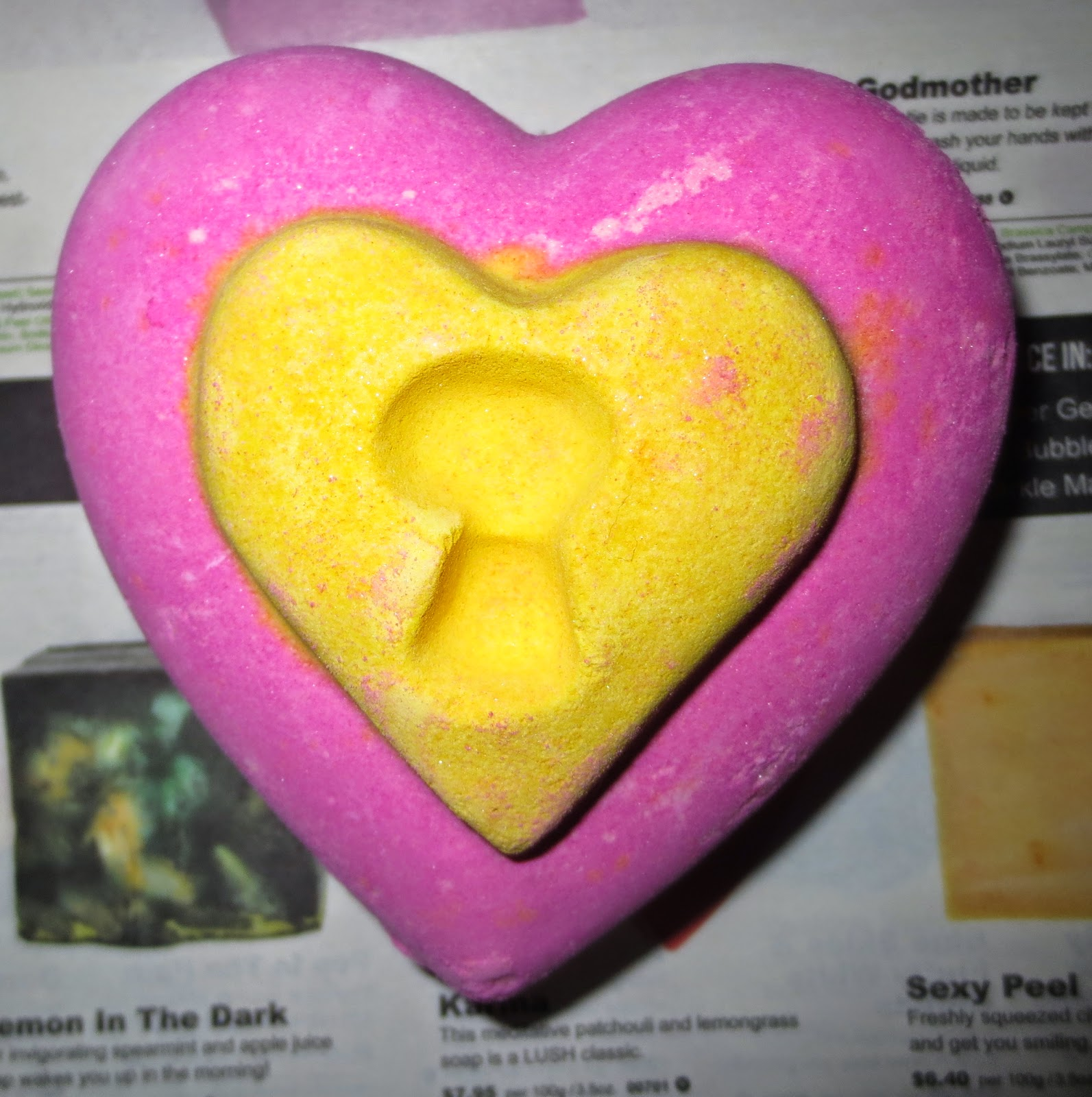 Lush's Love Locket Bath Bomb