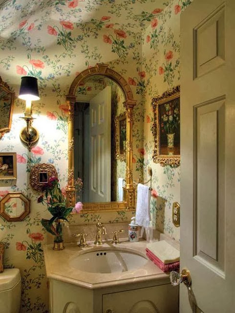 Eye for design decorating traditional old world style for English bathroom ideas