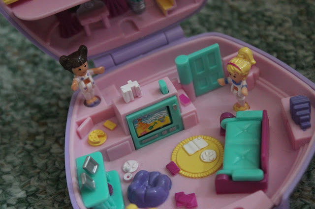 polly pocket children nostalgia