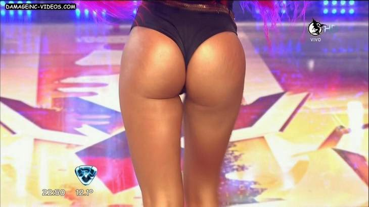 Vicky Xipolitakis hot booty close up video