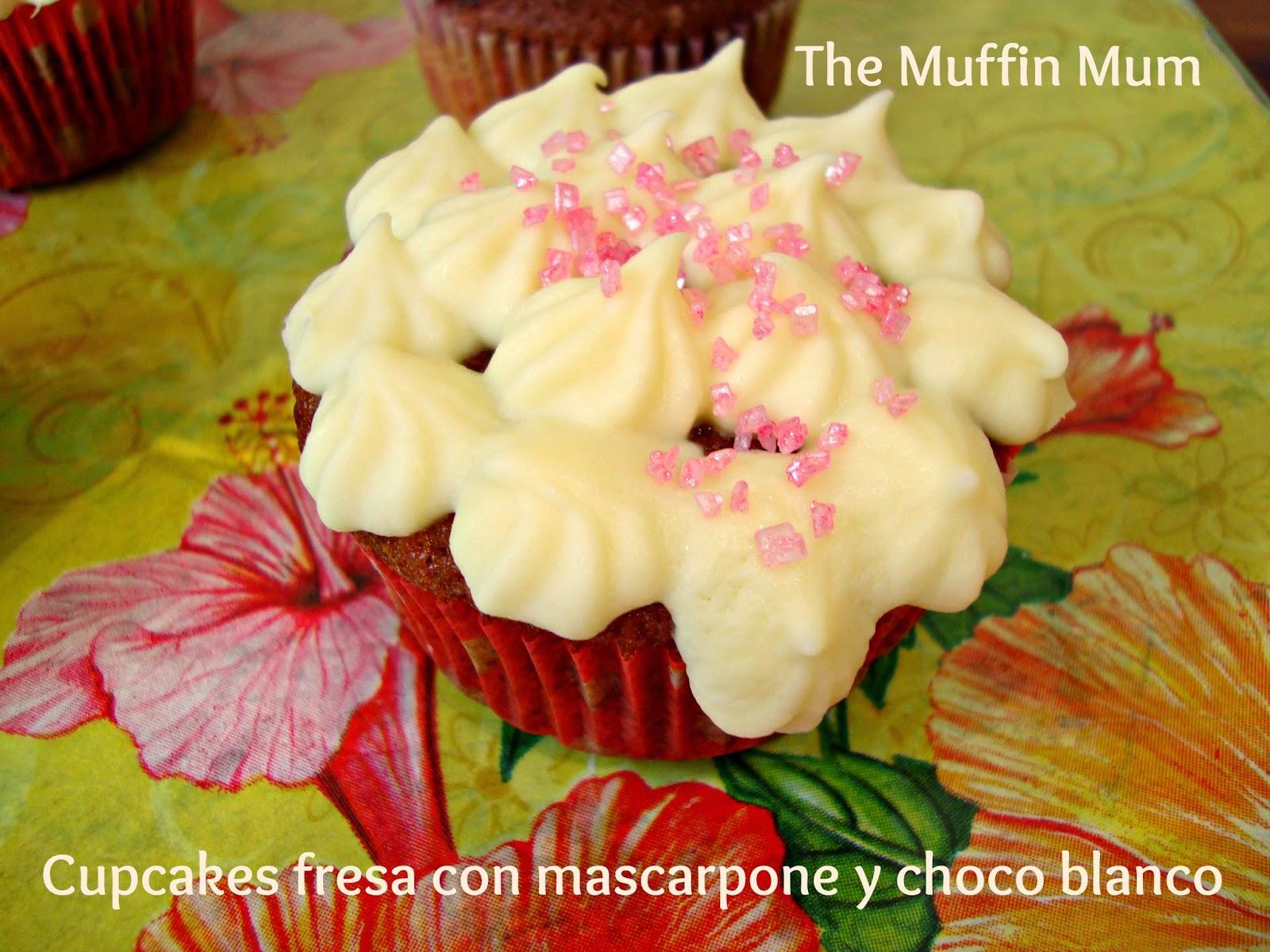 Cupcakes de fresa con mascarpone y chocolate blanco
