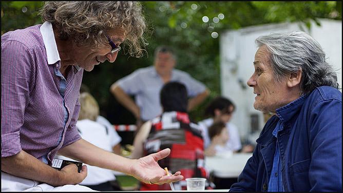 Miguel Costillas et Jean-François Garreaud à Meyrals pour le festival des épouvantails et du théâtre de rue - Périblog