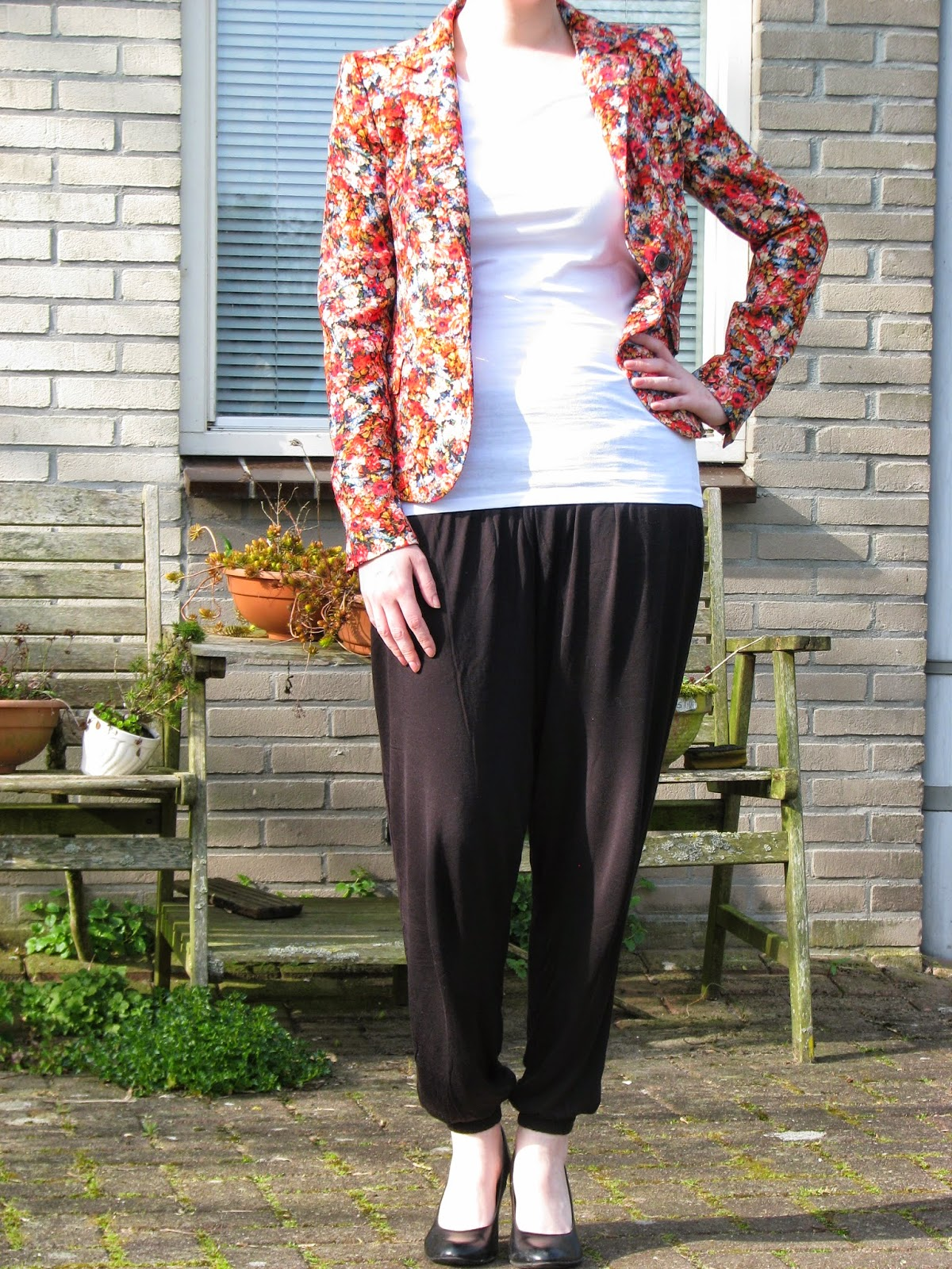 http://hmlovur.blogspot.nl/2014/04/outfits-of-week-week-14.html