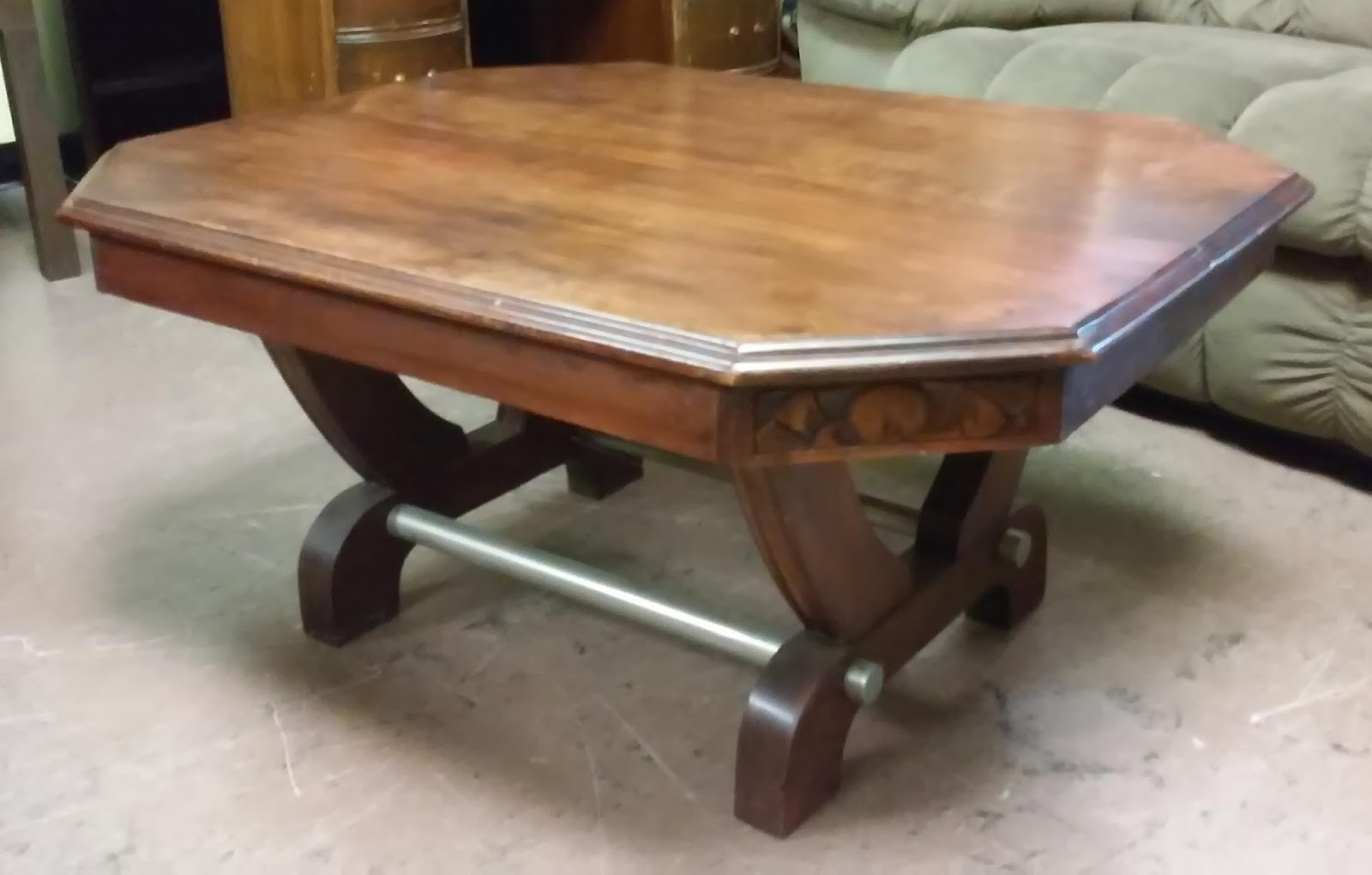 Uhuru furniture collectibles sold reduced coffee for Reduced furniture