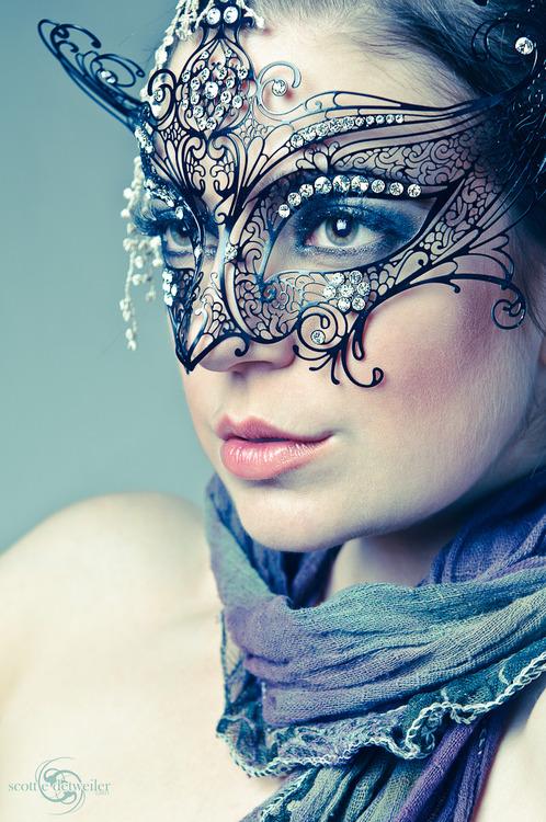 Mask Girls :Display pics   Awesome dp