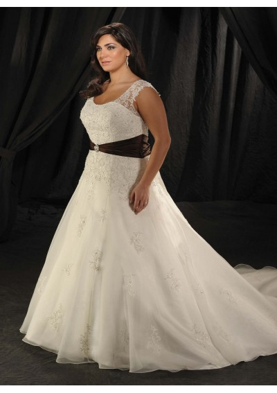 Fashion And Stylish Dresses Blog Plus Size Wedding Dresses Can Also Make You