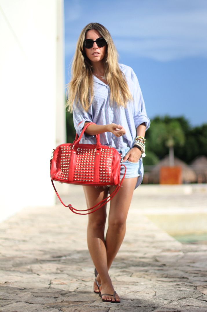 Outfit with boyfriend shirt and studded bag
