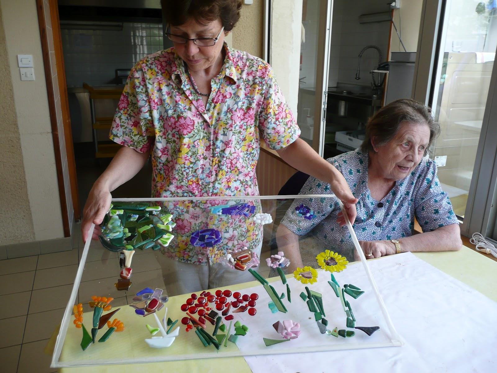 Des id es en verre animation en maison de retraite for Animation en maison de retraite