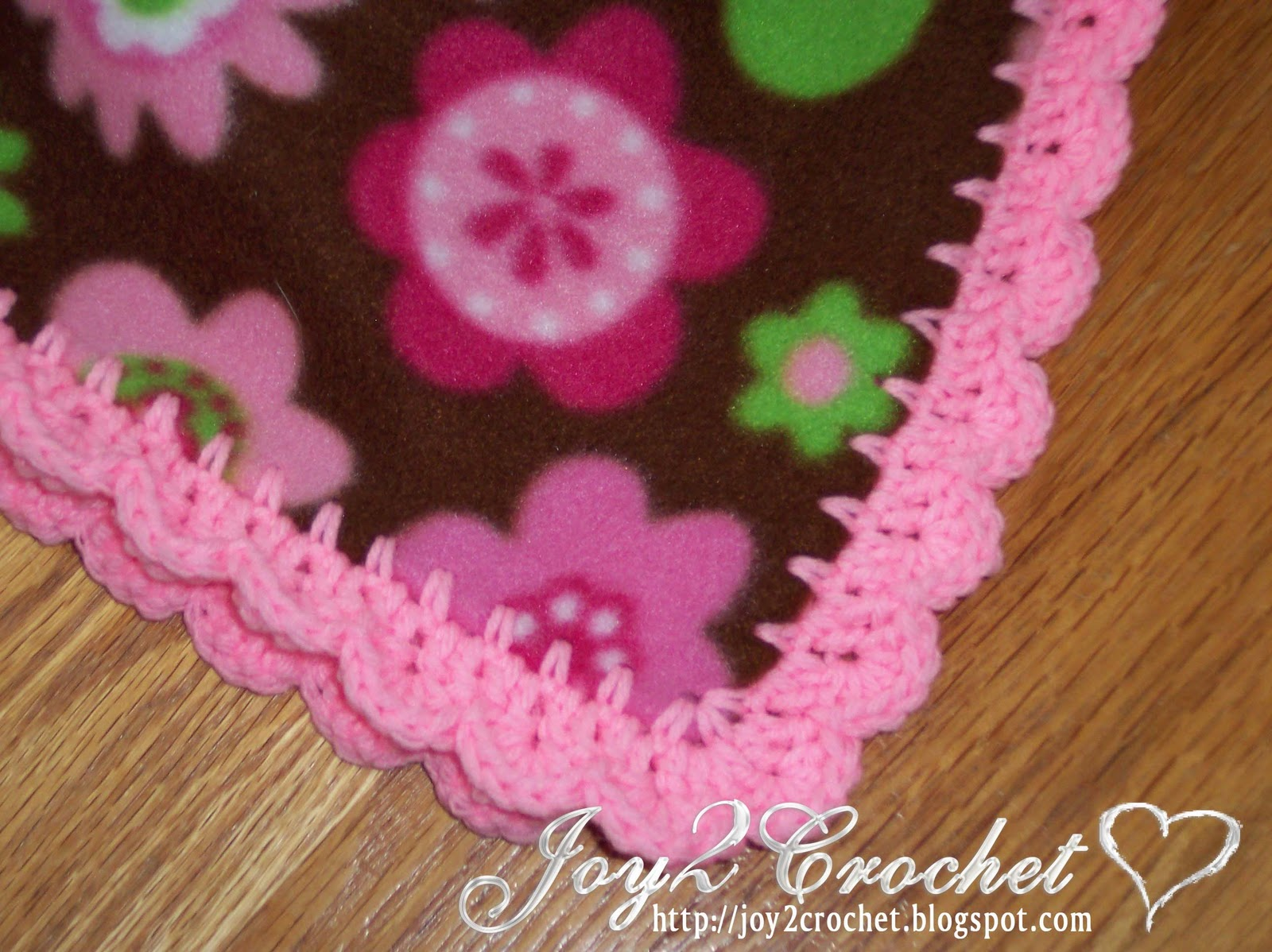 Crochet Patterns For Blanket Edges : Joy 2 Crochet: Fleece Baby Blankets with Crocheted Edge
