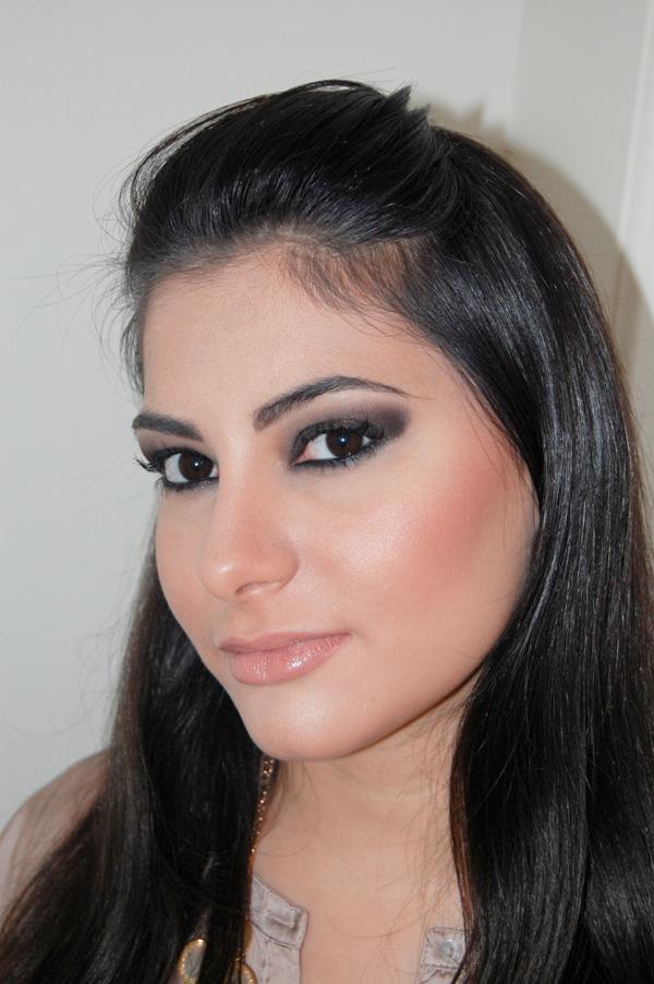 Bárbara urias - maquiagem kim kardashian - olho preto
