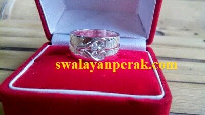 Model cincin nikah bentuk love menarik 2015