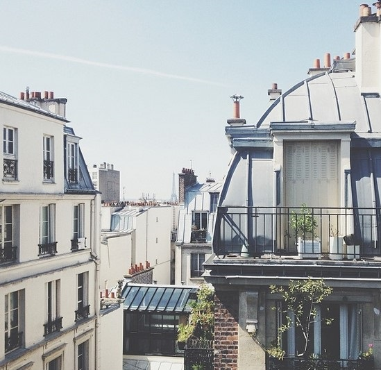Paris apartment with view of Eiffel tower c/o amyvnorris