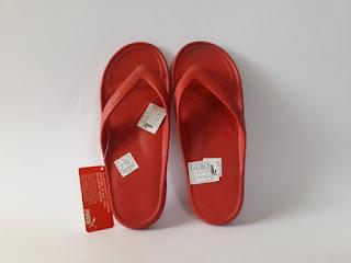puma ferrari merah, sandal puma merah