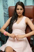 Abha Singhal Glam pics-thumbnail-16