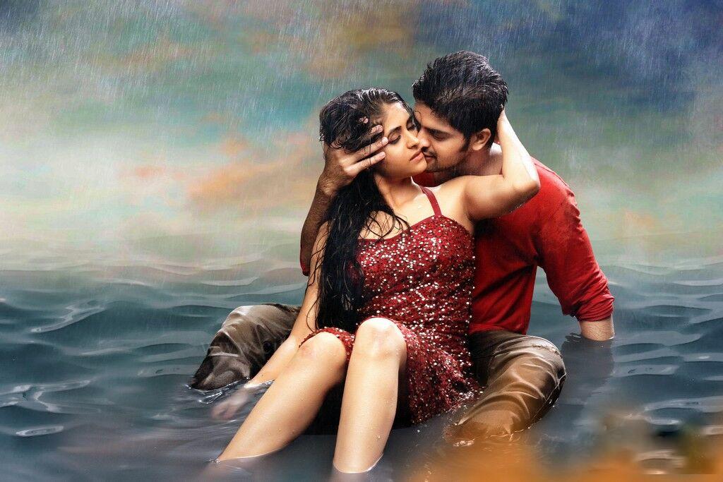 Abbayitho Ammayi Latest Telugu Movie Photos Gallery