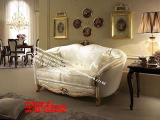 Toko mebel jati klasik jepara,sofa cat duco jepara furniture mebel duco jepara jual sofa set ruang tamu ukir sofa tamu klasik sofa tamu jati sofa tamu classic cat duco mebel jati duco jepara SFTM-44097
