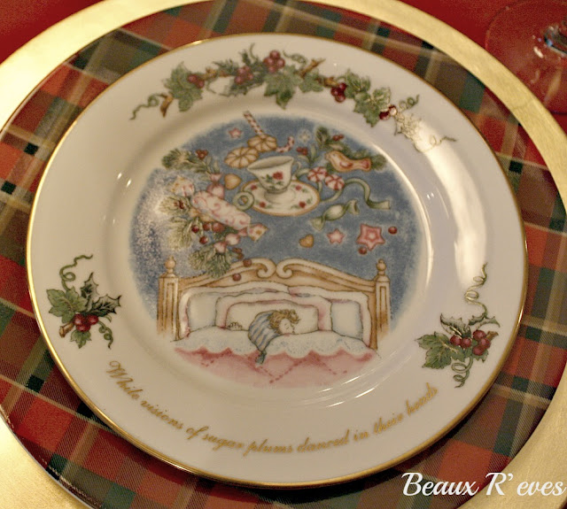 Each salad plate has a saying from The Night Before Christmas. I think I have had these dishes for at least 15 years and I have used them every year. & Beaux R\u0027eves: \u0027Twas The Night Before Christmas
