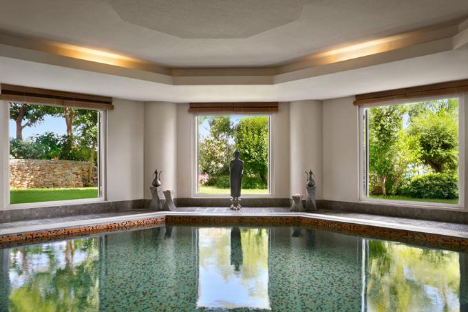 kempinski-hotel-bodrum-spa-watsu-su-terapisi