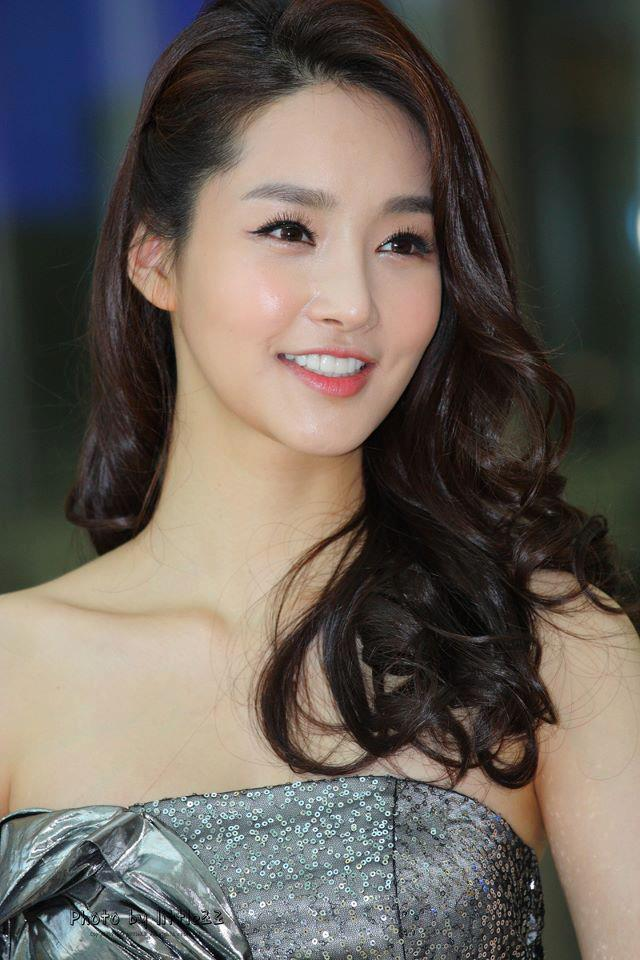 Kim Yu-Mi: Your Miss Universe-Korea 2013
