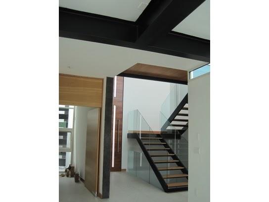 Decoraci n minimalista y contempor nea detalles en for Acabados fachadas minimalistas