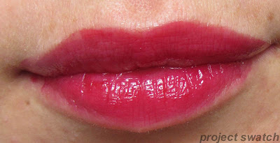 187 Infinite Fuchsia shine caresse lip swatch