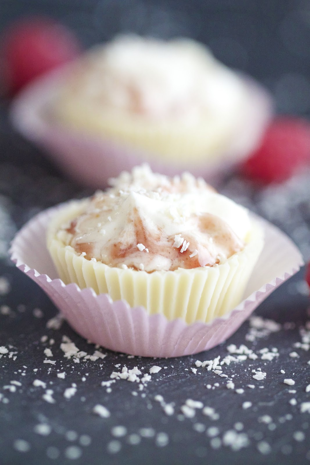 Epicurean Mom: White Chocolate Raspberry Mousse Cups