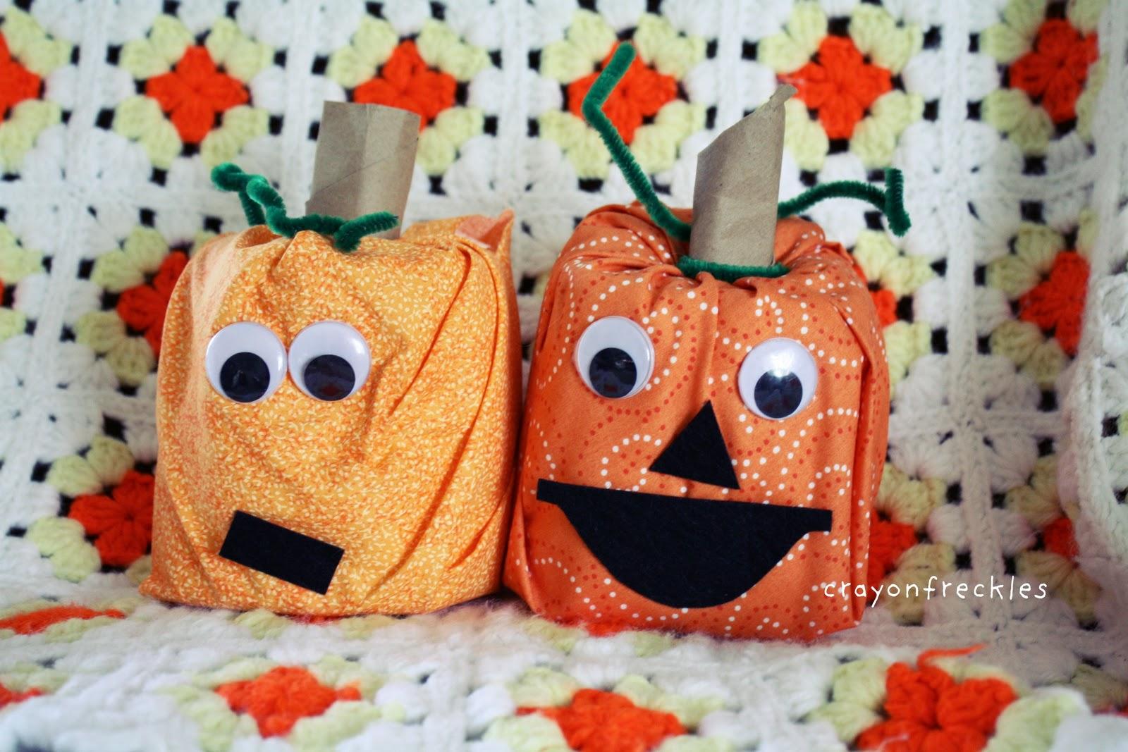 halloween toilet paper roll pumpkins craft