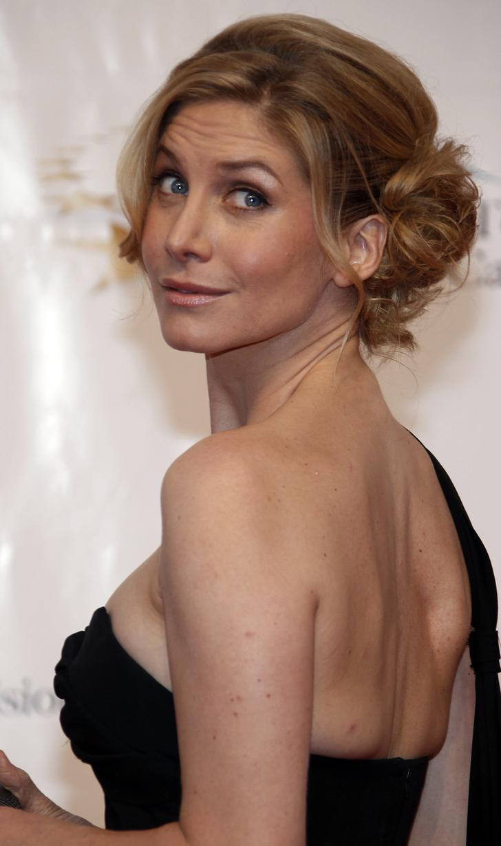 Hollywood Celebrities: Elizabeth Mitchell Photos