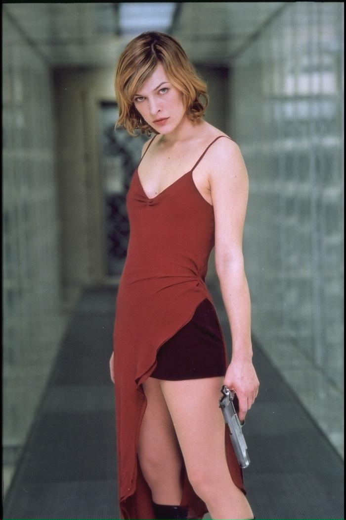 Johnny Fright's Horror... Milla Jovovich Resident Evil