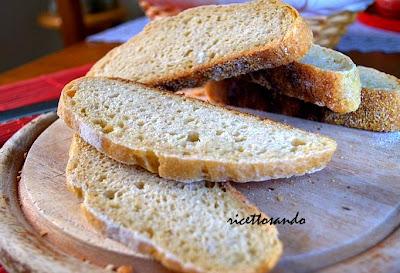 Pane ciabatta con lievito madre prepariamo il pane in casa