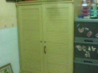 Gambar lemari particle board