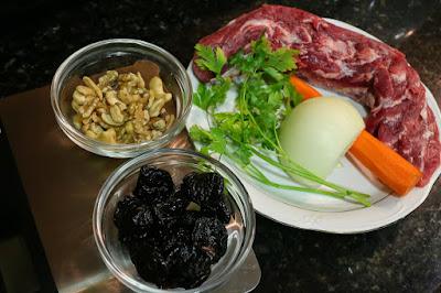Ingredientes para solomillo con ciruelas en salsa de anacardos y nueces