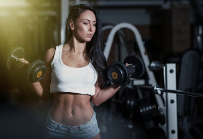 How to Get Ripped Abs Fast at Home With Dumbbells
