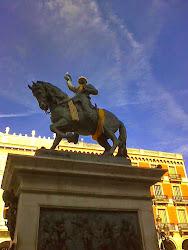 Al General Prim y a su caballo han querido proterles