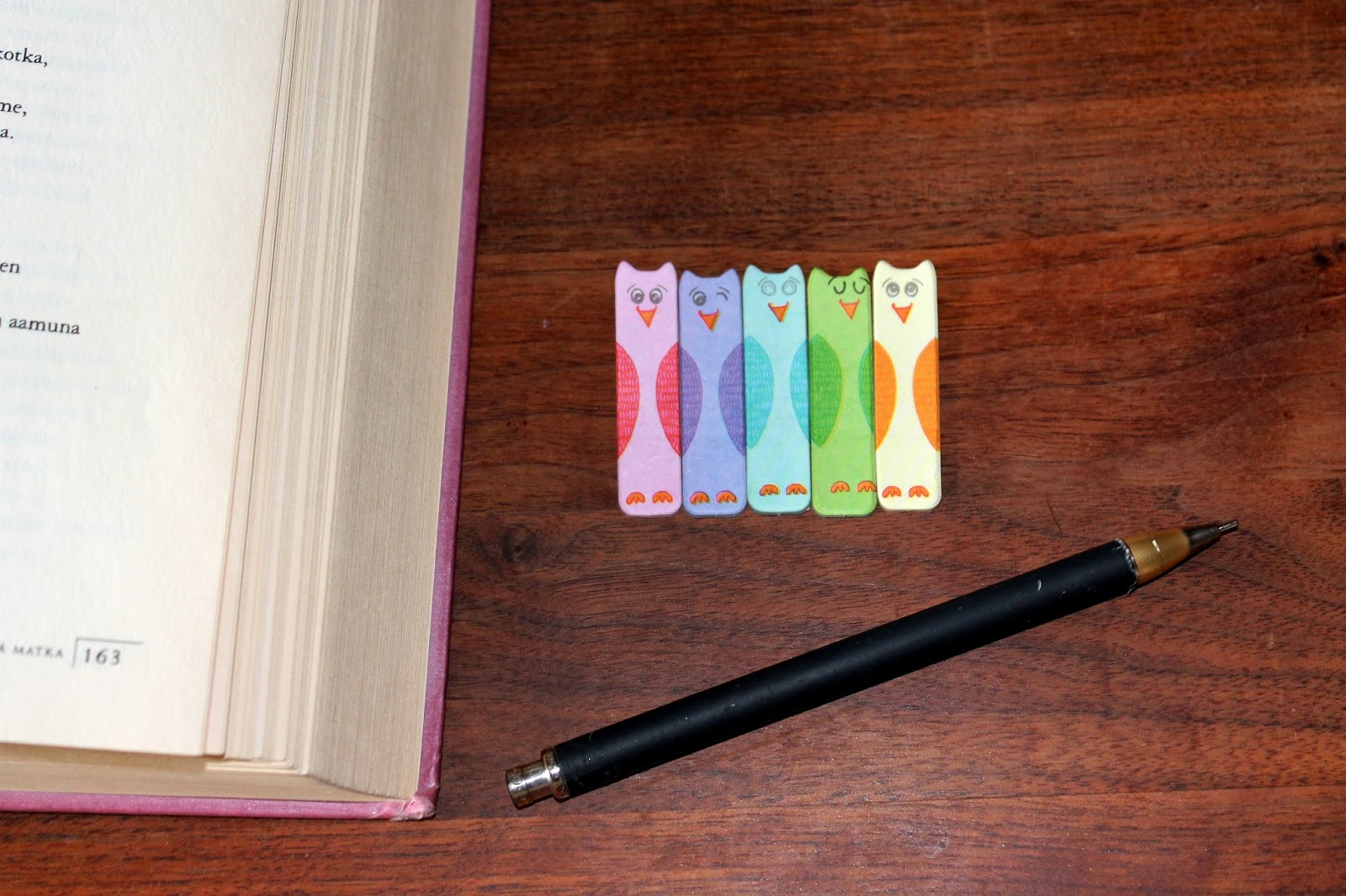 #student #blogger #classic #novel #poem #moder #literature #tiger #bookmark #pen #nostalgic #studentlife