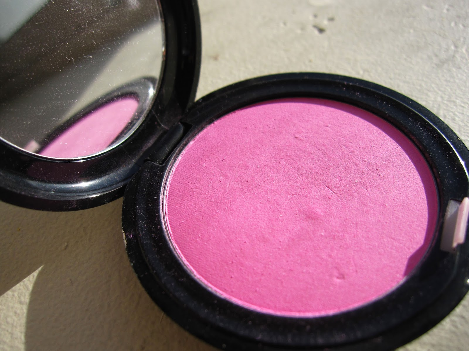 stila custom color blush sheer pink review swatch