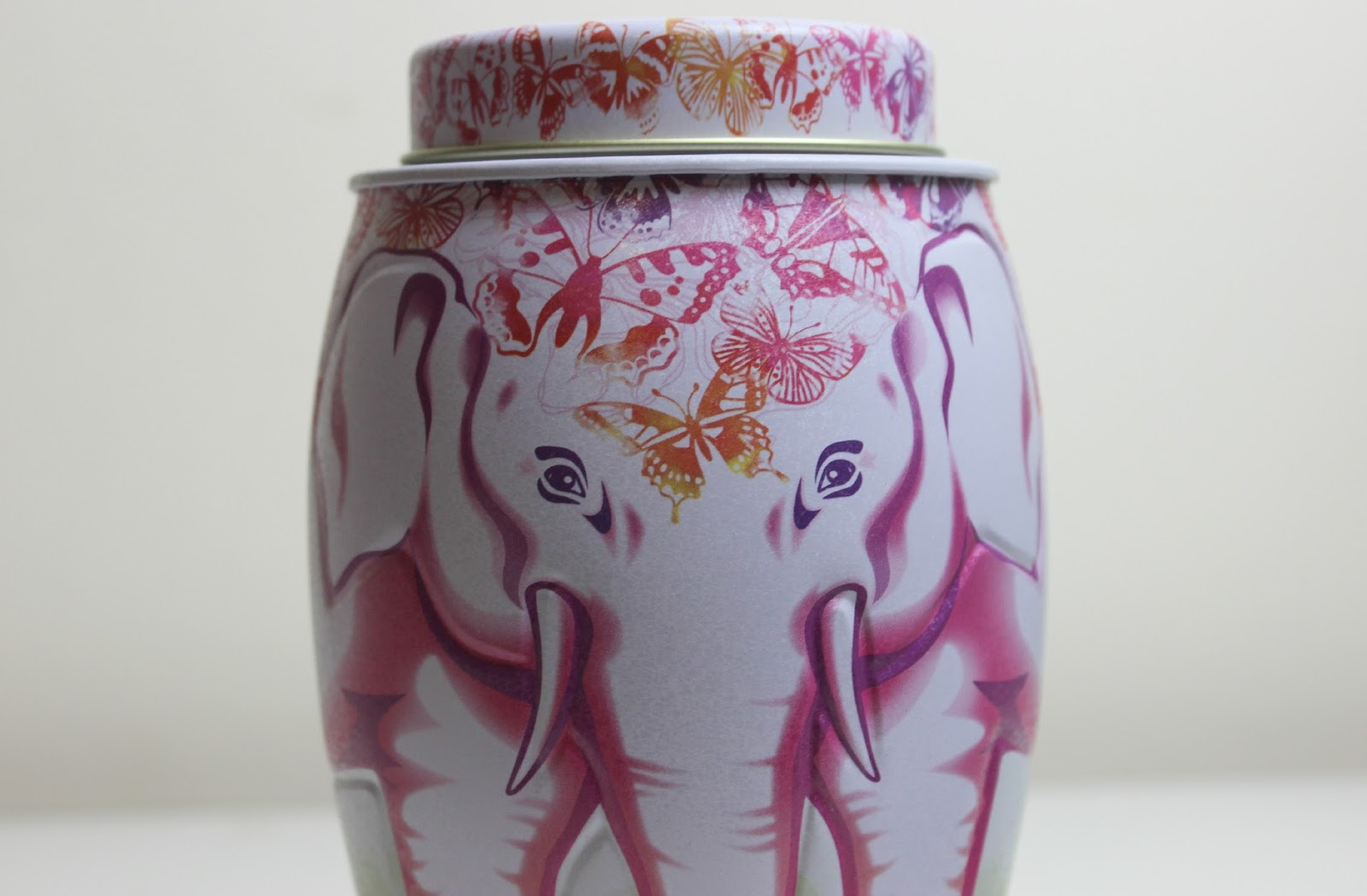 Williamson Tea Butterfly Elephant Caddie