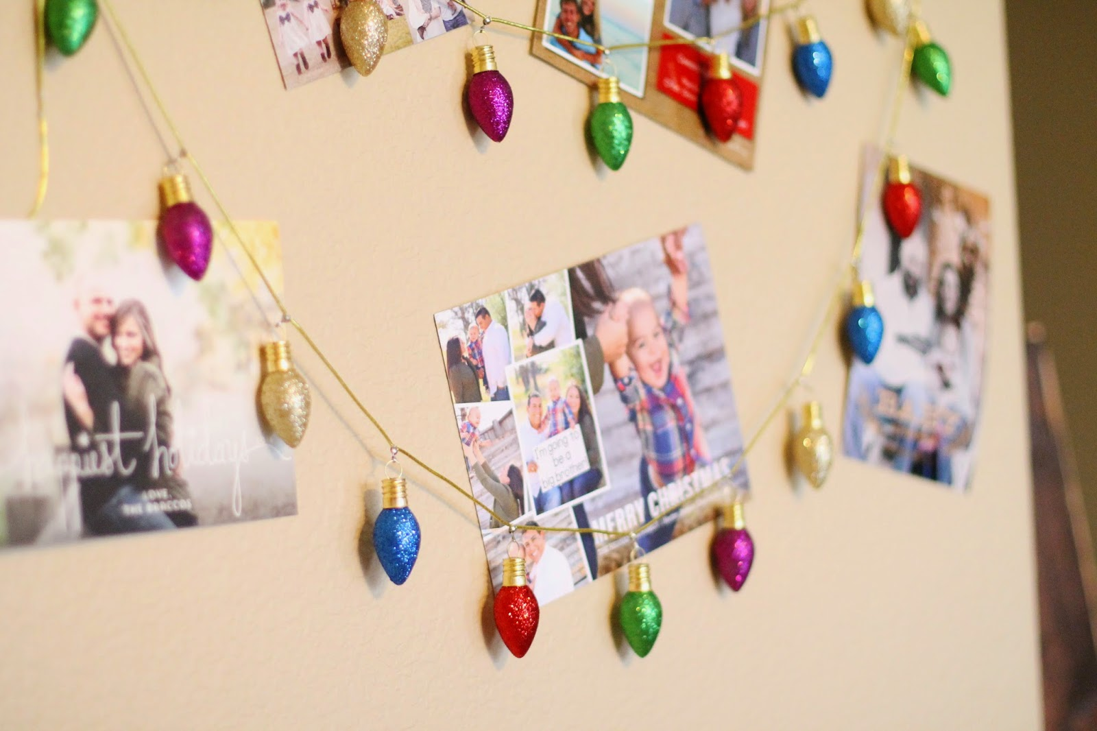 Tucker Up: DIY Christmas Card Display