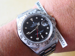 ROLEX EXPLORER II BLACK DIAL 40mm-ROLEX 16570 SERIE S YEAR 1994-AUTOMATIC CAL 3185-MINTS CONDITION