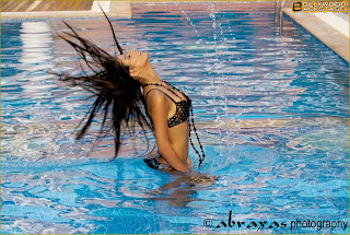 Hot model Poonam Pandey Photo picture wallpapers collection 2012