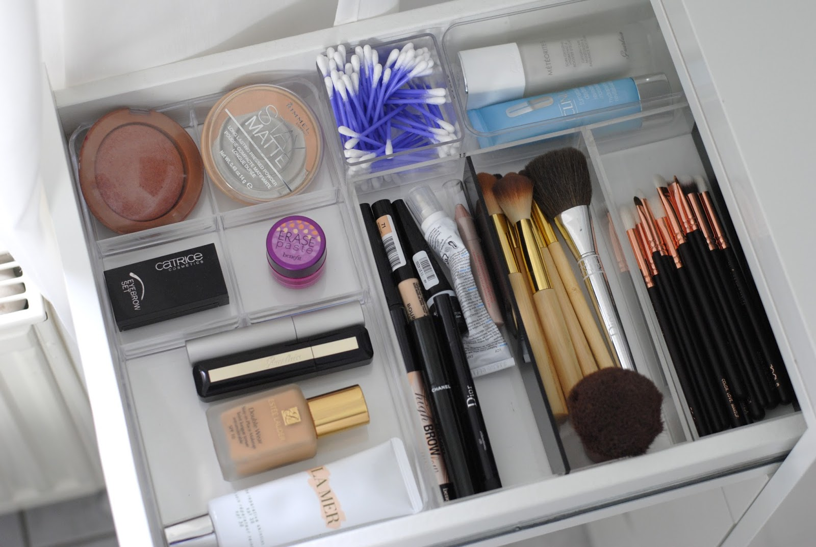 I will also write with every photo where the organizers come from most are  from Ikea. Makeup Storage Organizer Ikea