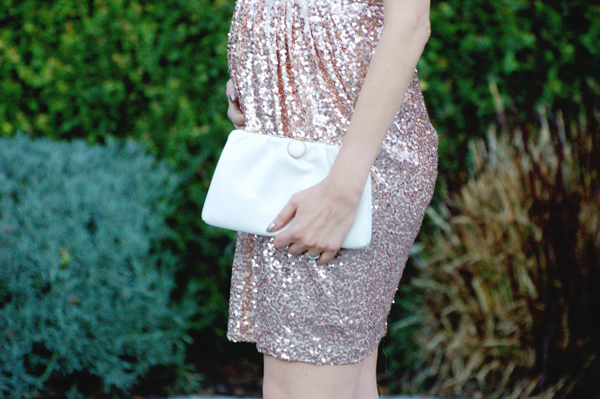 Gold sequin Badgley Mischka cocktail dress & white vintage clutch
